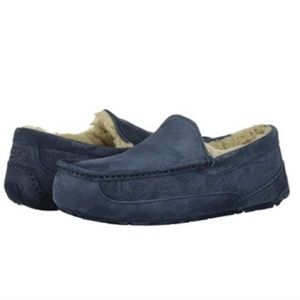 UGG NWOT Kids Ascot Moccasins Slippers Suede Navy